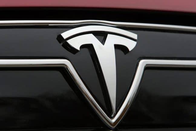 'Tesla werkt aan technologie voor zelfrijdende vrachtwagen'
