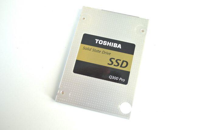 toshiba-q300-pro-behuizing