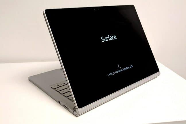 Review: Microsoft Surface Book laptop – opvallende verschijning